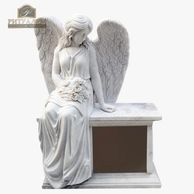 Скульптура ангела из мрамора №103