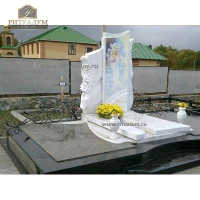 Памятник из белого мрамора № 6
