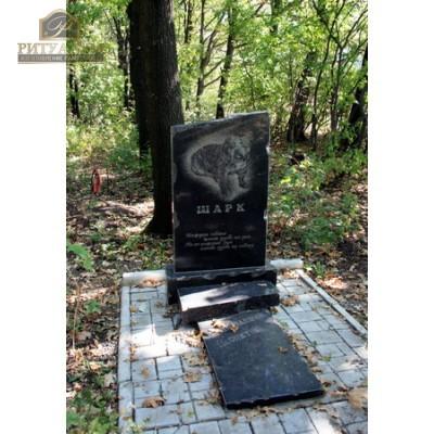 Памятник для животного 19